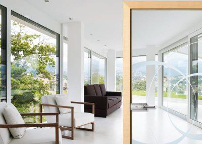 Fenstera aus Holz und Innentüren vom Tischler Jenewein Tirol