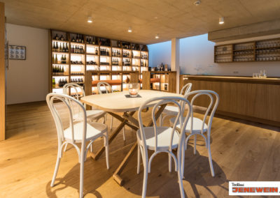 Tischler Ausstattung und Einrichtung Weinkeller