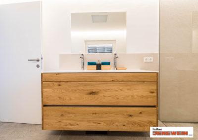 Tischler Ausstattung und Einrichtung Badezimmer
