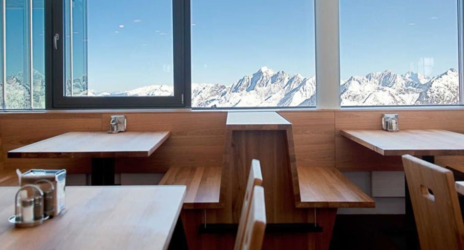 Tischlerei Jenewein Projekt Restaurant Eisgrat Stubai