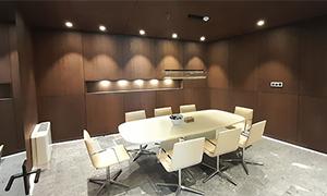 Büroeinrichtung vom Tischler