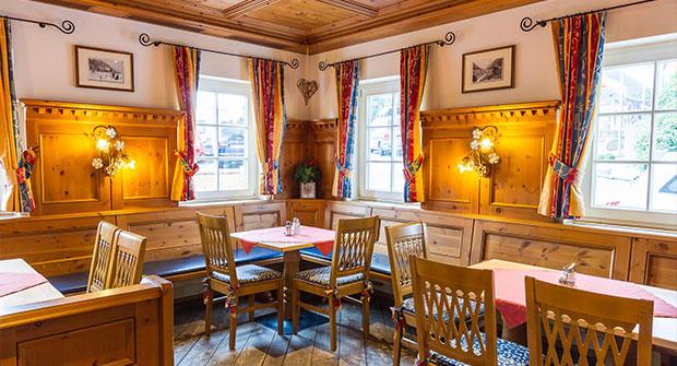 Restauranteinrichtung vom Tischler