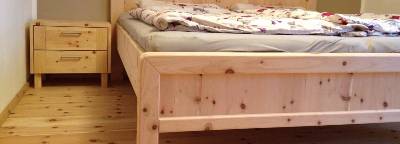 Zirbenholzmöbel vom Tischler
